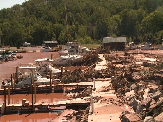 Storms tear up small communities in Minnesota, Wisconsin