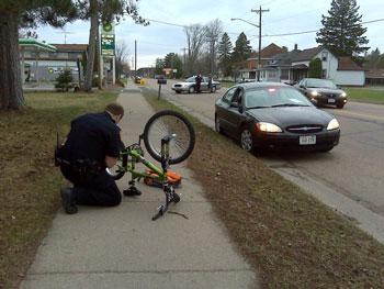 Officer Jeff Stankowski on scene