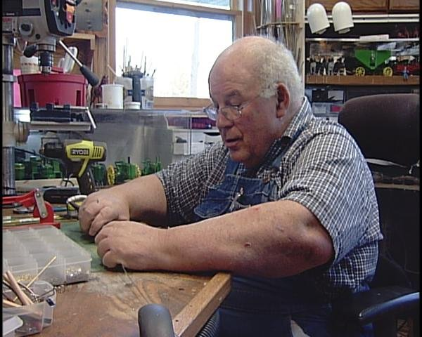 Toys For Trucks Wausau Wi : Retired truck driver turns to toy making waow newsline