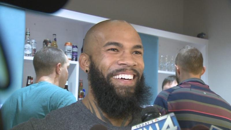 Eric Thames: Heads to DL with torn UCL in thumb