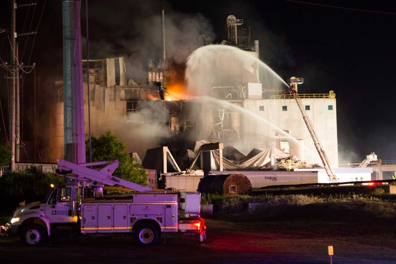 One dead, two missing after Wisconsin corn mill explosion