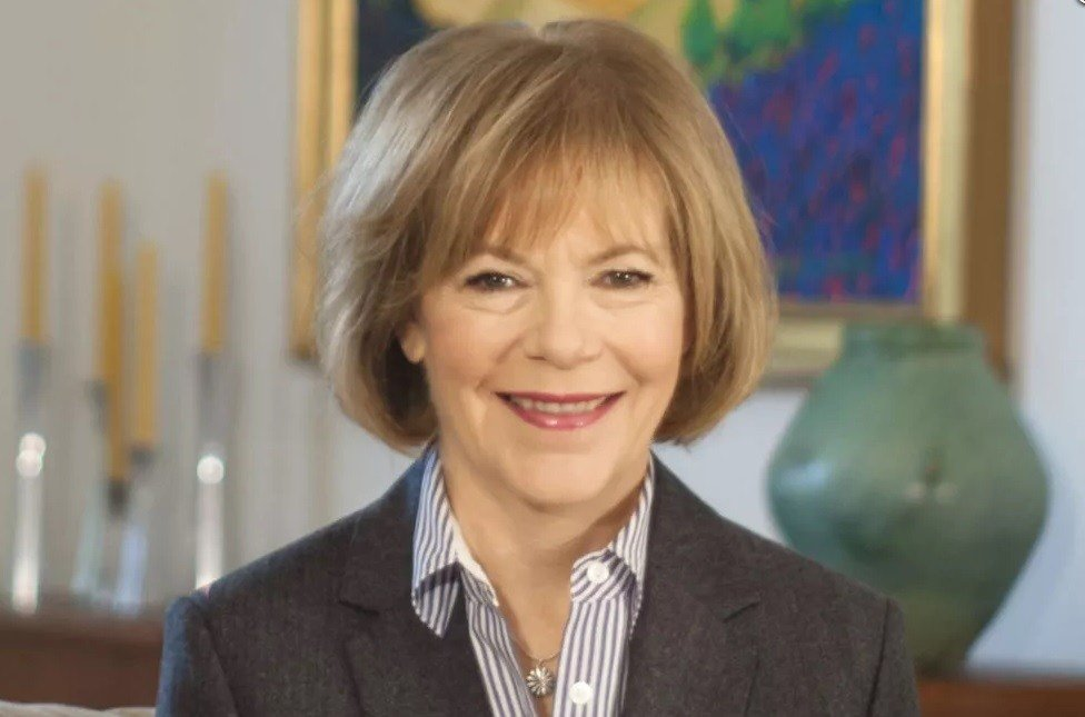 Minnesota Governor Picks Tina Smith to Fill Al Franken's Senate Seat