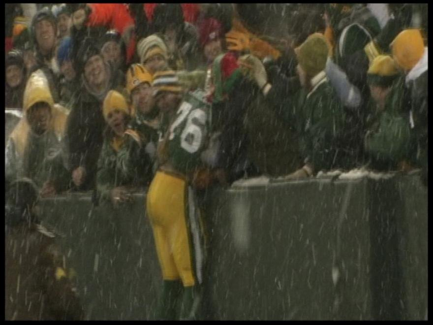Mike Daniels attempts the Lambeau Leap