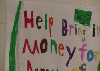 South Mountain students lend a helping hand