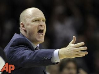 Milwaukee Bucks head coach Scott Skiles argues a call during the fourth quarter of an NBA basketball game against the San Antonio Spurs, in this Dec. 5, 2012 file photo taken in San Antonio. (AP Photo/Eric Gay)
