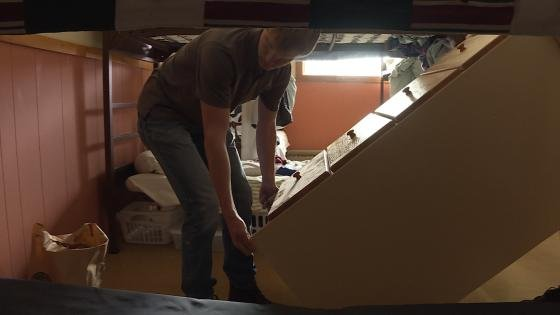 High School Students Build Dressers Donate Them To Shelter Wvva Tv Bluefield Beckley Wv News