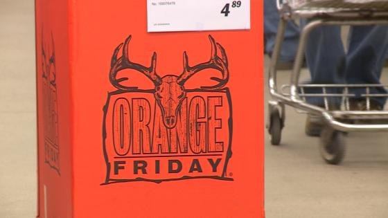 Hunters hit stores for 39 orange friday 39 ahead of gun deer for Michaels crafts wausau wi