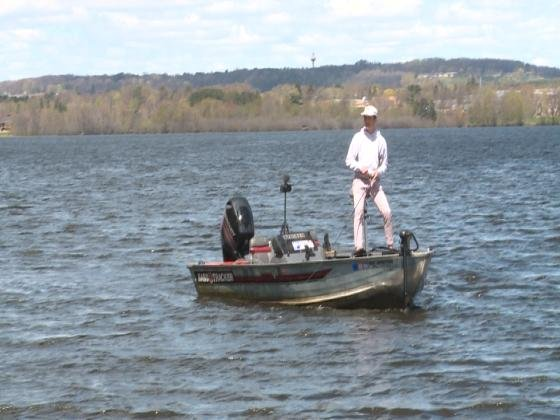 Fishing season kicks off in wisconsin ktiv news 4 sioux for Wi fishing season