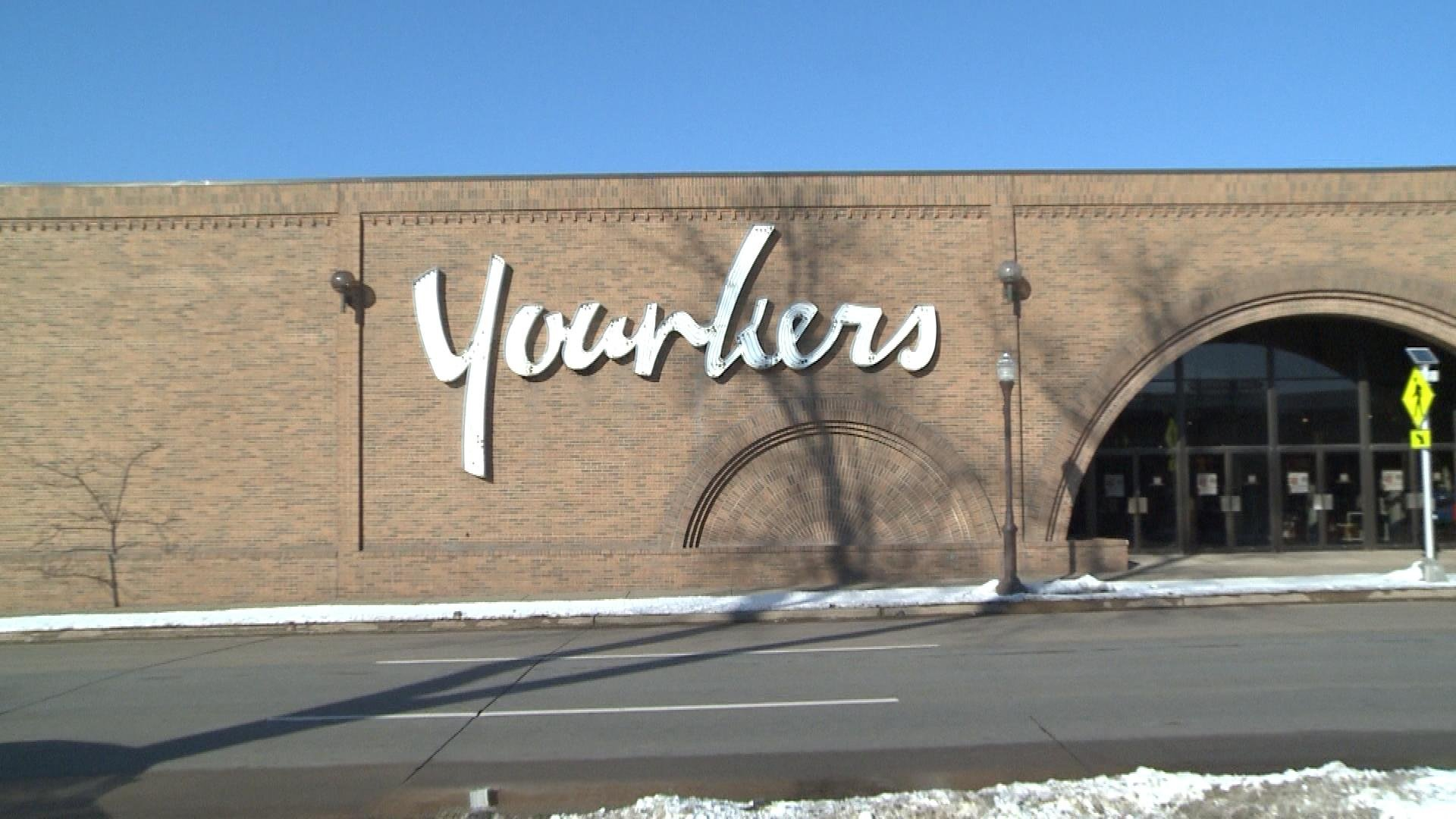 wausau center mall younkers to close  eliminating 63 jobs