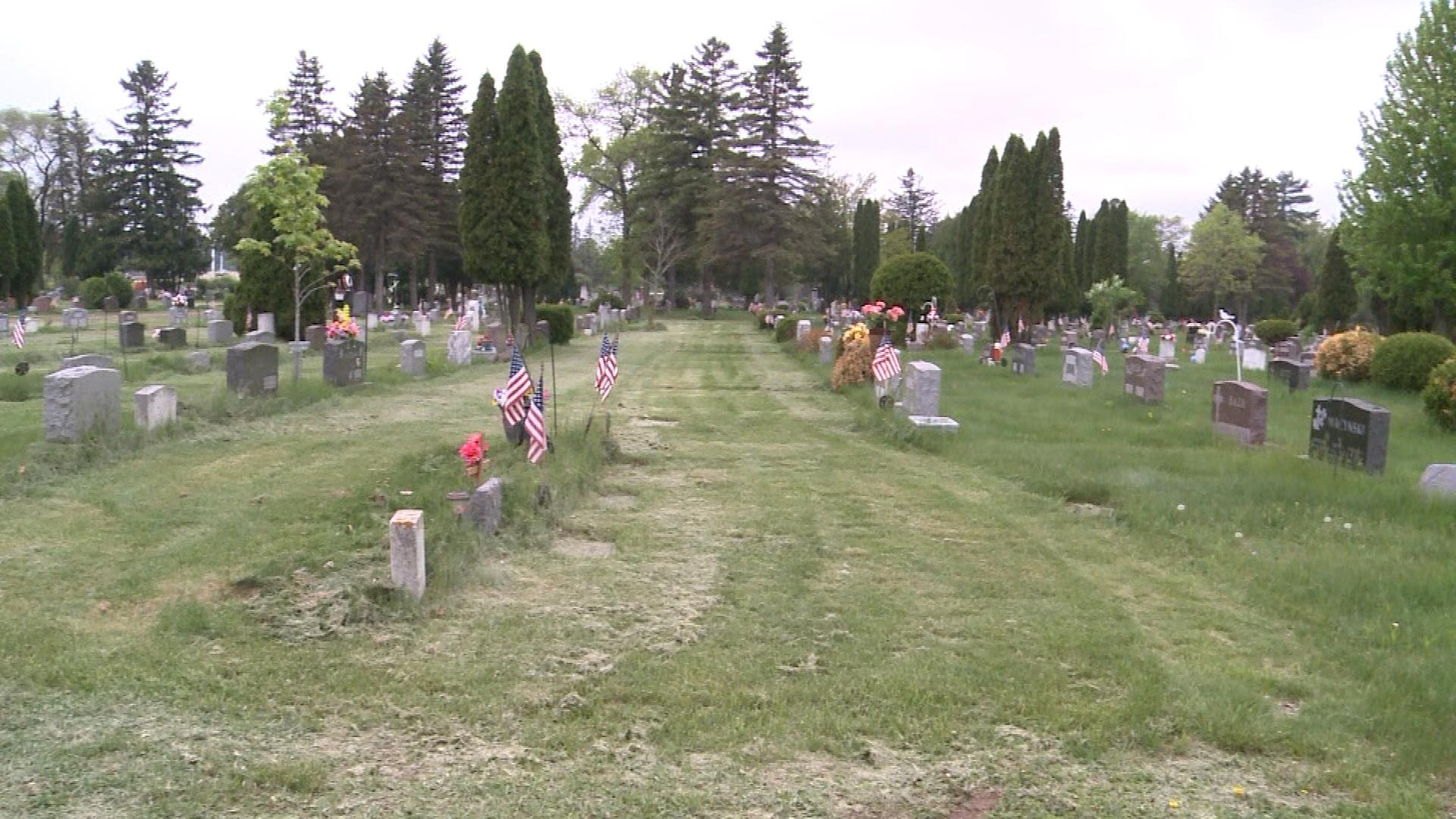 former cemetery employee thinks money problems led to poor