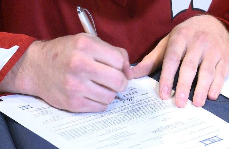 Fourteen area athletes sign National Letters of Intent for DI an – National Letter of Intent