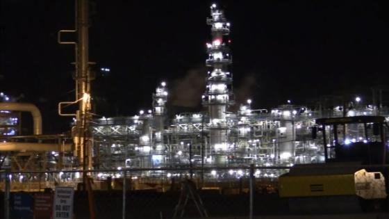 Wisconsin gas prices rising due to refinery problem in